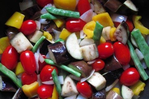 ささげを使った夏野菜のマリネ