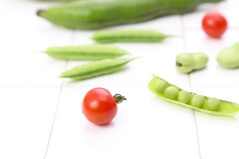 きゅうりとトマトとお豆