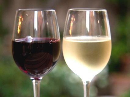 赤ワインと白ワインの違い!飲み...